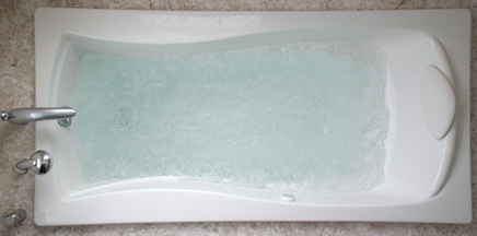 Kohler Mariposa BubbleMassage bathtub